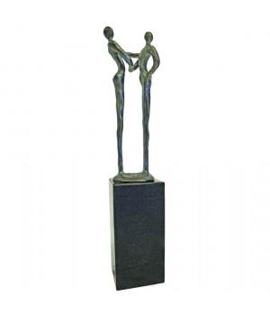 Скульптура «Партнерство»